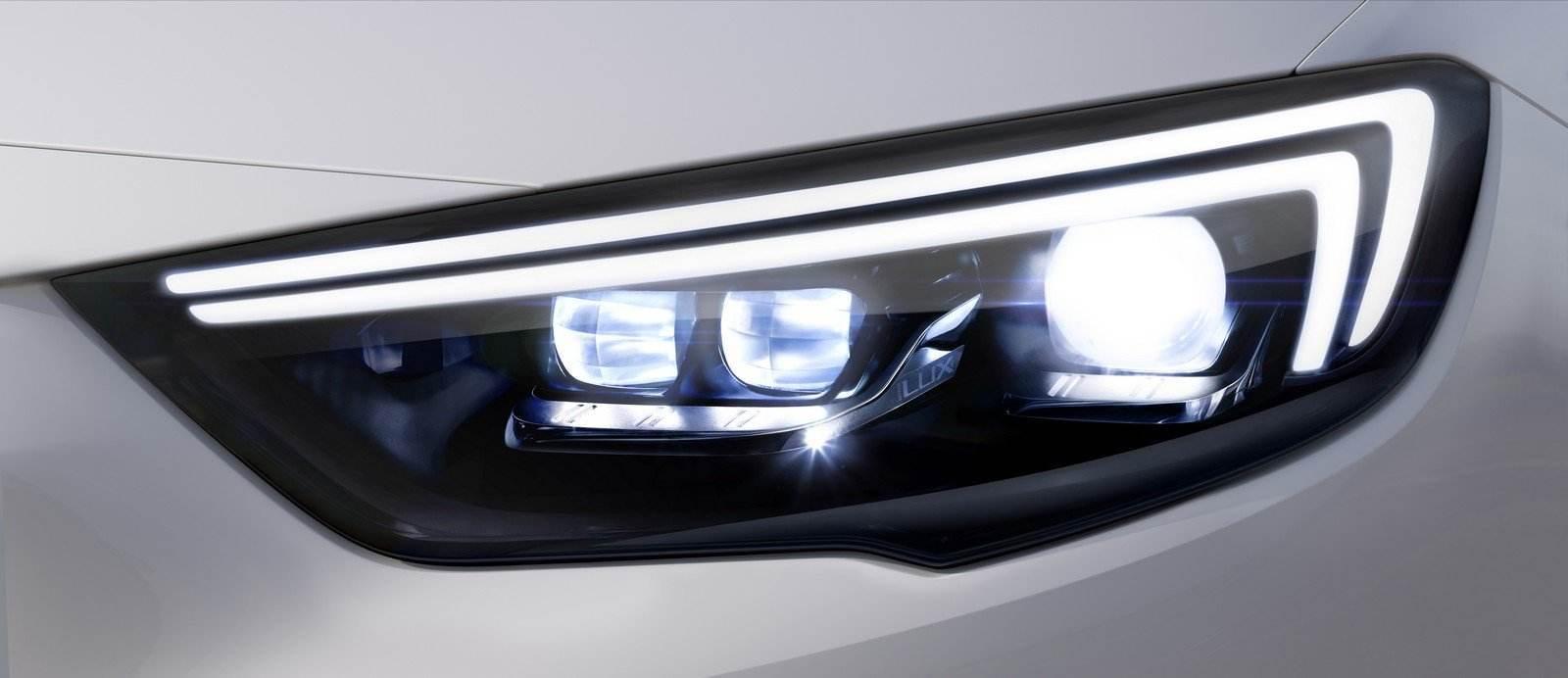 New Opel Insignia Grand Sport