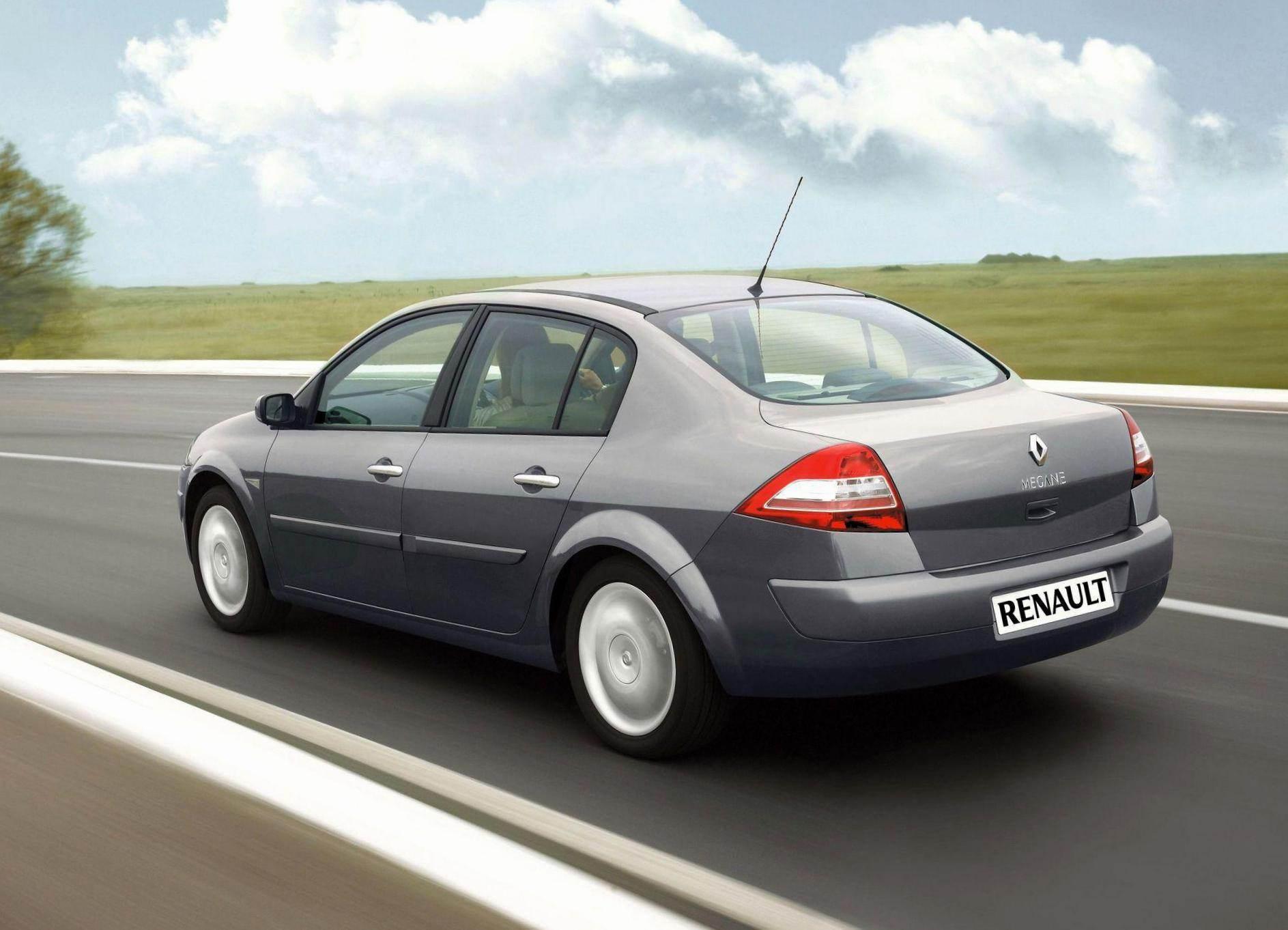 megane-2-sedan-renault