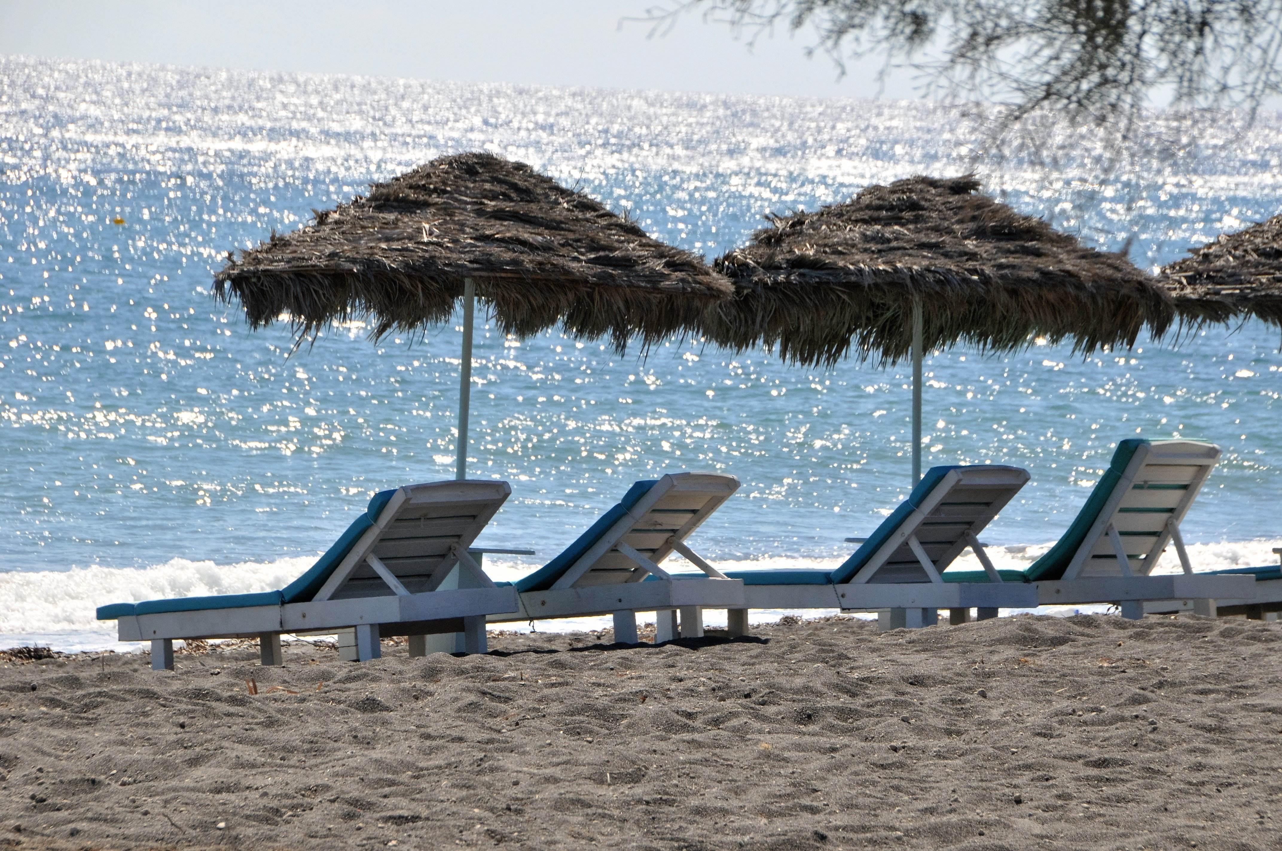 balck-beach-1