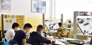 Laborator Mecatronica Colegiul Ștefan Odobleja
