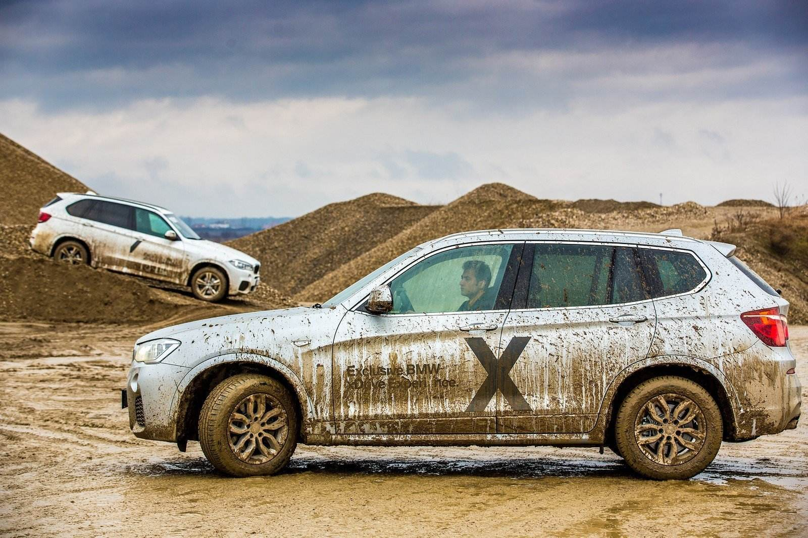 p90250847_highres_exclusive-bmw-xdrive
