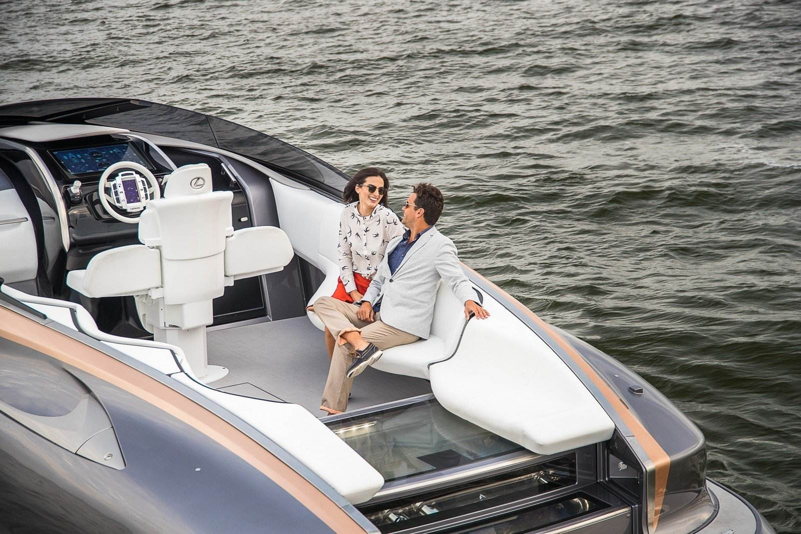 lexus_sport_yacht_concept_8_1db865aeedfe2820b2cf8baba3b038ac7fe08585
